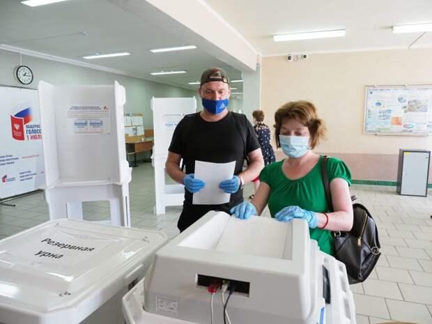 Для защиты голосующих от коронавируса сделано всё/Фото Ольги Чумаченко