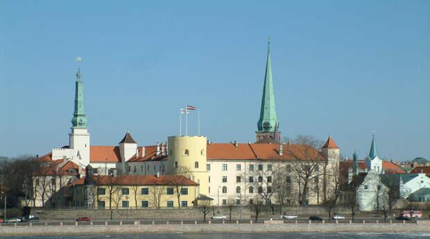 Власти Латвии не дали возможность людям самим почтить память павших в войне