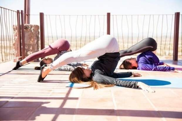 Стоит лишь начать делать 10000 шагов в день и всего 1 упражнение и молодость лица возвращается