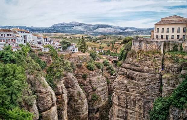 Ronda 4 Ронда: город на скалах и душа Андалусии