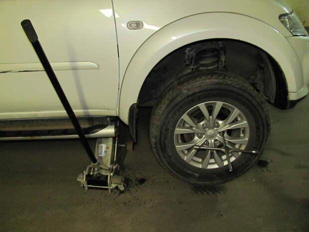 Распространённые ошибки при самостоятельной замене колес: чем они опасны?