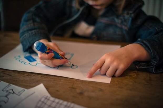 Юные москвичи отправили на конкурс «Наследие моего района» 3000 рисунков
