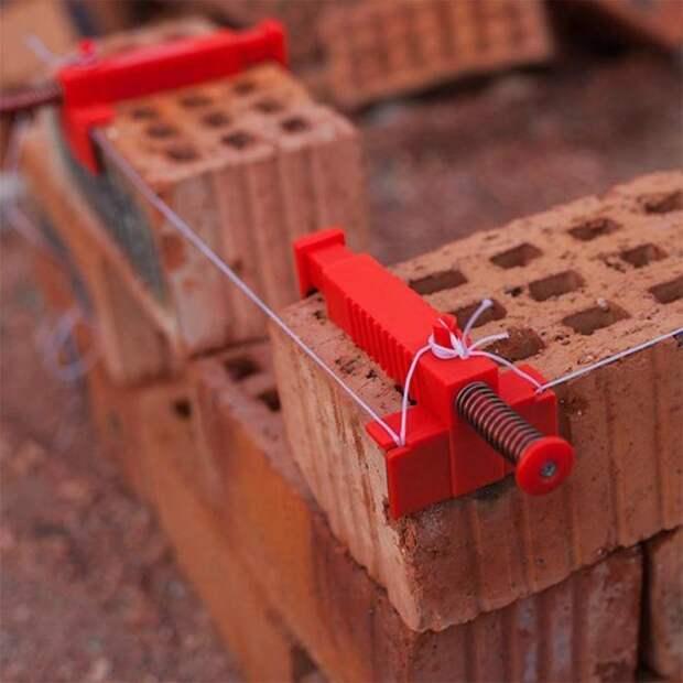Полезное приспособление, которое значительно облегчает работу. /Фото: cdn.shopify.com