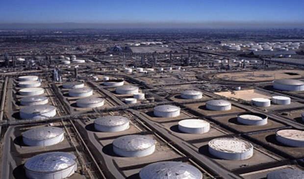 Значительно меньше, чем предполагалось, сократились запасы нефти вСША занеделю