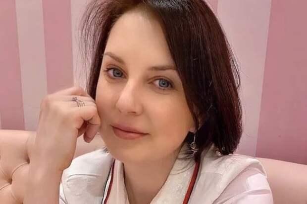 Слуцкая назвала Абрамова «ущербным» из-за отношения к жене
