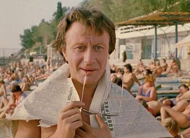 Андрей Миронов в фильме *Будьте моим мужем*, 1981   Фото: yaplakal.com