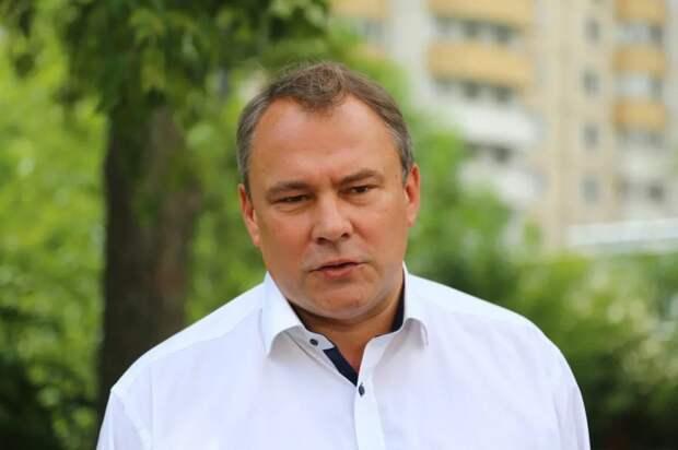 Москвичи поставили свыше 4 тысяч подписей за благоустройство прудов-регуляторов в Марьино. Фото: Александр Чикин