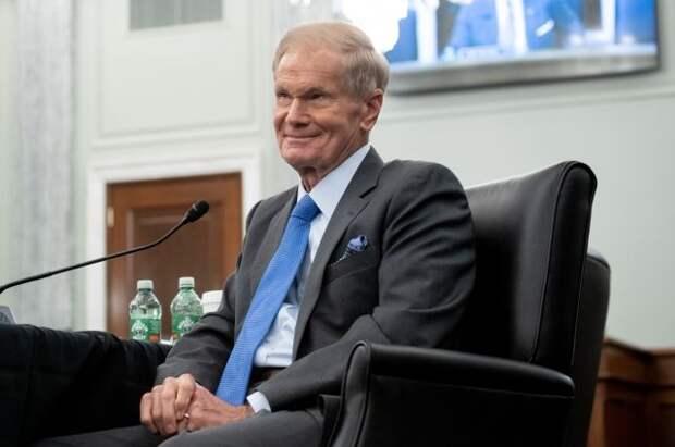 Новый глава NASA Билл Нельсон приведен к присяге