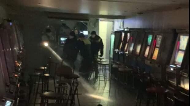В Волгограде осудят пенсионера, сдавшего подвал в аренду под подпольное казино