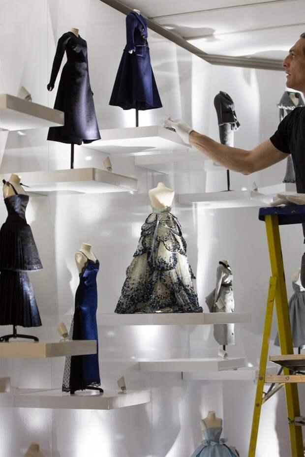 Le Petit Théâtre Dior (фото и видео)
