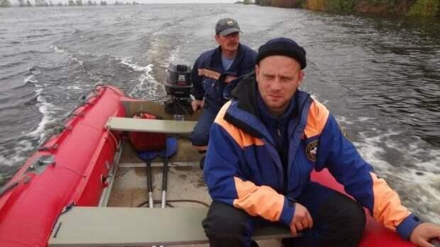 Турист выпал из надувной лодки и пропал в Хакасии