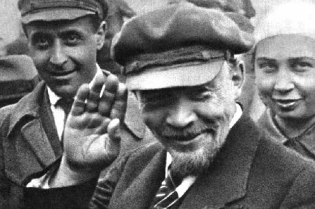 Может ли кухарка Тихановская по Ленину управлять государством