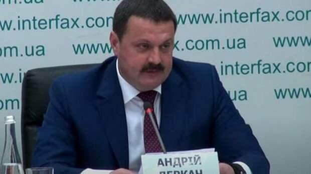 Нардеп Деркач через суд требует заставить МИД выдать ноту о вмешательстве США во внутренние дела Украины