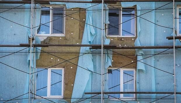 Более 100 жилых домов отремонтируют в бывших военных городках Подмосковья в 2020 году