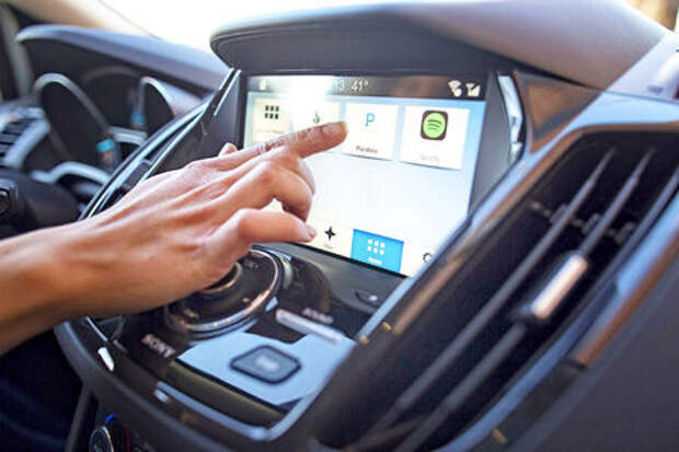 Карпулинг, стриминг и мультимодальная навигация – язык будущего по-фордовски