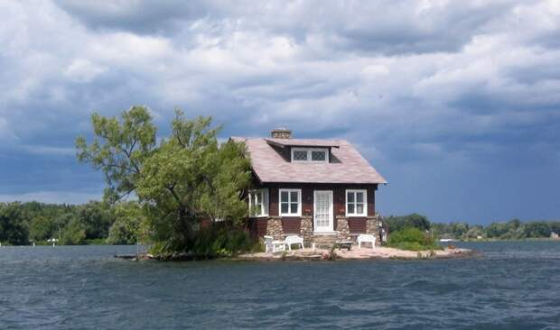 lonelyhouses14 Потрясающие дома, построенные вдали от цивилизации