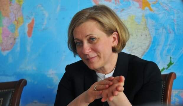 Главу Роспотребнадзора проверят на госизмену: Попова возомнила себя президентом – врач