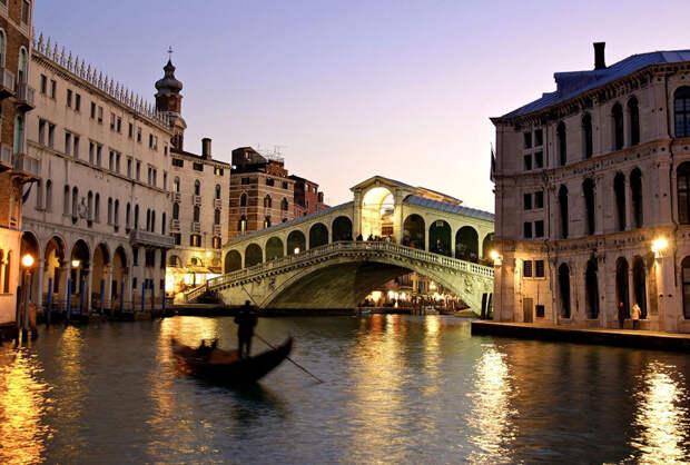 https://stogorodov.ru/images/cities/europe/venecia/veneciya-most-rialto.jpg