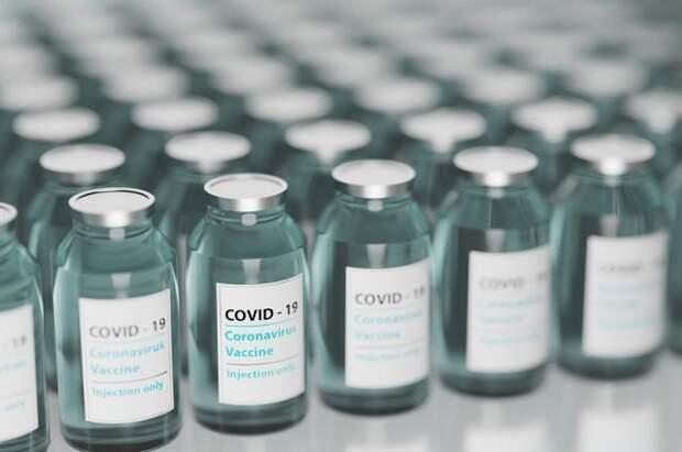 Вакцина ФМБА эффективна при любой мутации коронавируса — Известия
