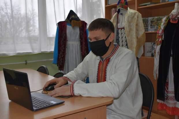 Удмуртия собрала на онлайн-площадках Большого этнографического диктанта более 20 тыс участников