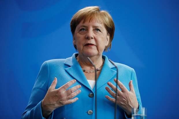 Алкоголизм, «Паркинсон» или «крот Алибасова»: в Бундестаге множатся слухи вокруг «дрожи Меркель»