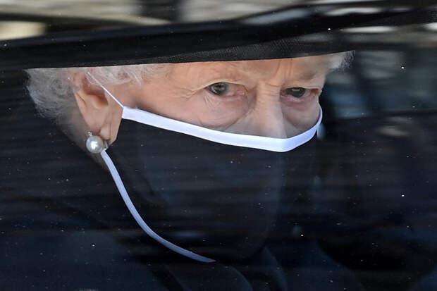 Королеву Великобритании постигла очередная утрата