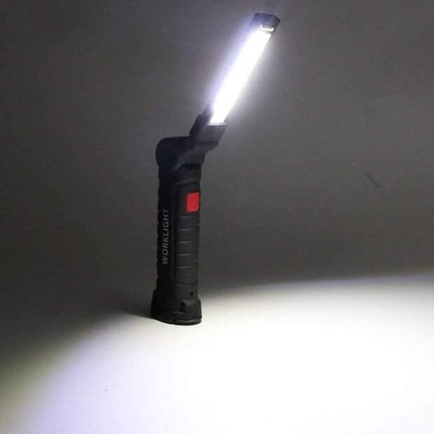 Этот фонарь имеет очень яркий свет, благодаря которому можно работать на улице даже ночью. /Фото: images-na.ssl-images-amazon.com