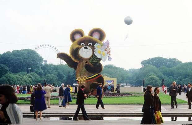Правда и ложь об олимпийском Мишке. Как Виктор Чижиков придумал и нарисовал символ Олимпиады-80, фото № 28