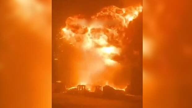 Выпущенная из сектора Газа ракета привела к мощному взрыву в израильском порту