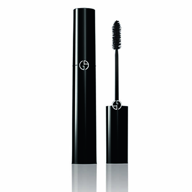 Бьюти-дайджест: от модели-трансгендера в рекламе Chanel до ароматов Celine