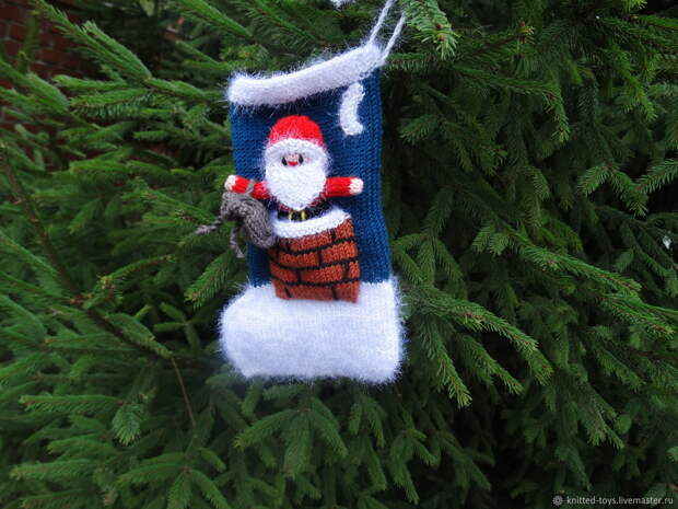 Мешочки для подарков: Вязаный сапожок с Дедом Морозом, Новогодний носок, Липецк,  Фото №1