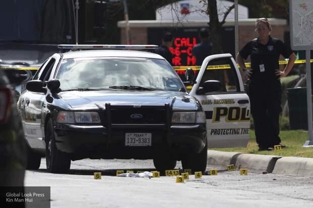 Группа захвата в США убила подозреваемого в преступлениях в его жилом комплексе