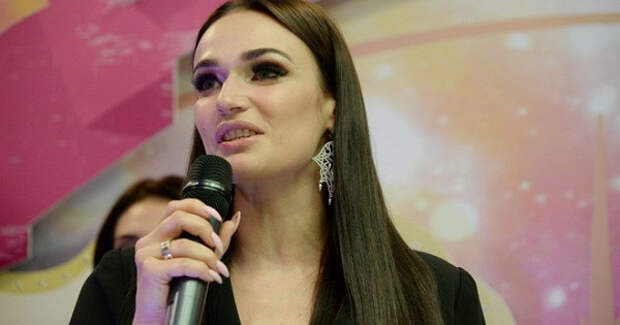 Водонаева обратилась кроссийским женщинам после визита вполицию