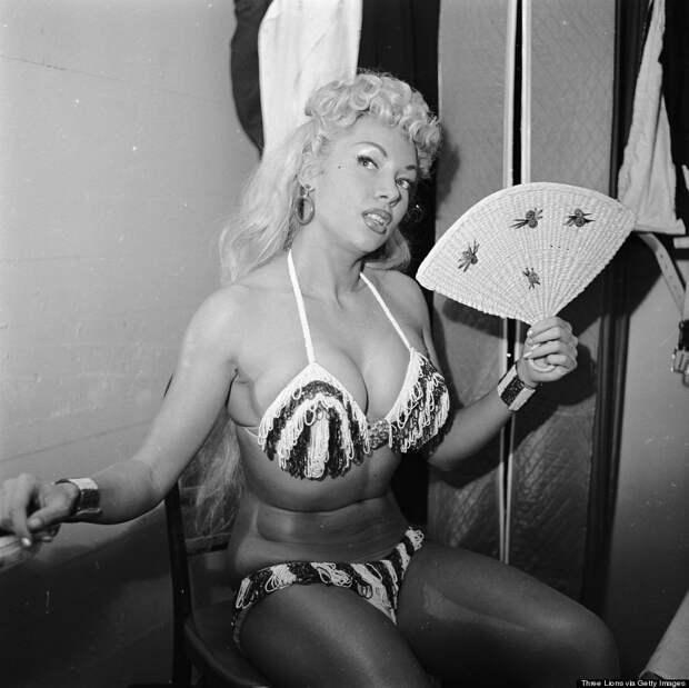 burlesque14 Краткая, но потрясающая история бурлеска в 1950 х годах