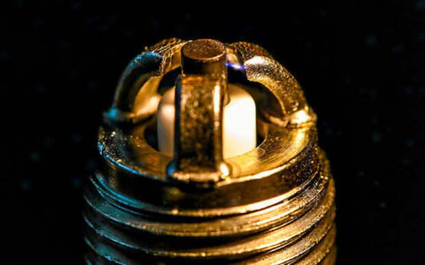 Многоэлектродные свечи выдают много искр за раз? Это миф!