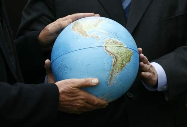 Заполнение пробелов и разрывов в глобальной системе управления