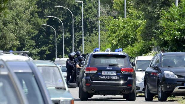 Трое пострадали в результате стрельбы под Римом