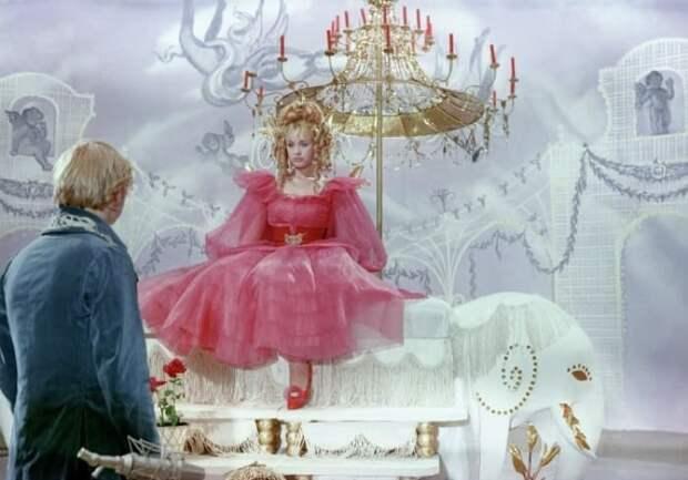 Кадр из фильма *Старая, старая сказка*, 1968 | Фото: 24smi.org
