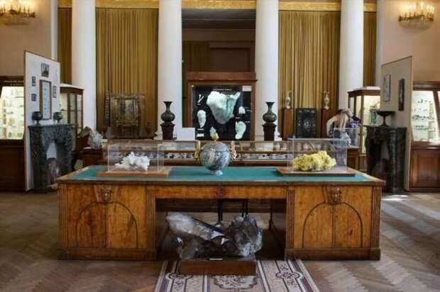 Минералогический Музей им. А.Е. Ферсмана. Часть 1 (42 фото)