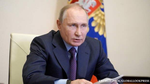 """""""У нас просто общество распадётся на части"""": Россия дошла до точки кипения. Путин не выдержал"""