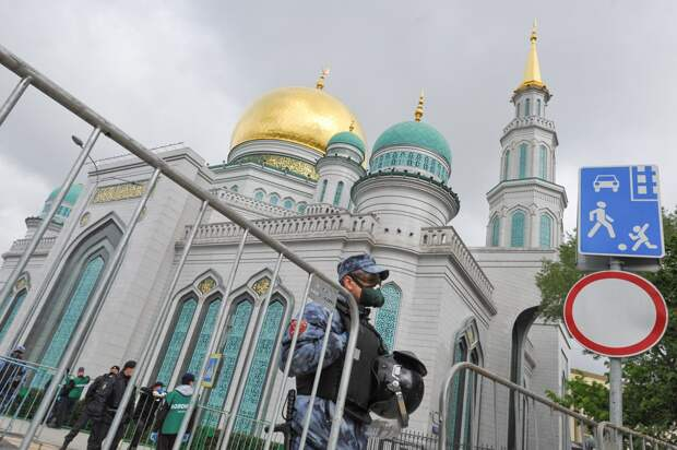 Мусульман не пустят на молебны в московские мечети на Ураза-байрам