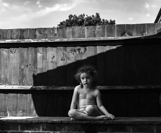 Чёрно-белые детские фотографии