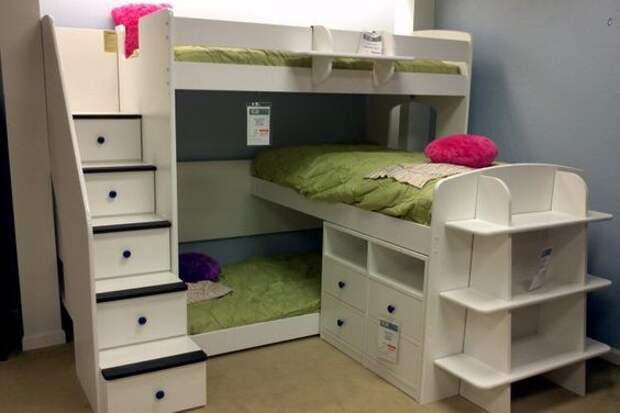 Лагерь в детской (подборка)