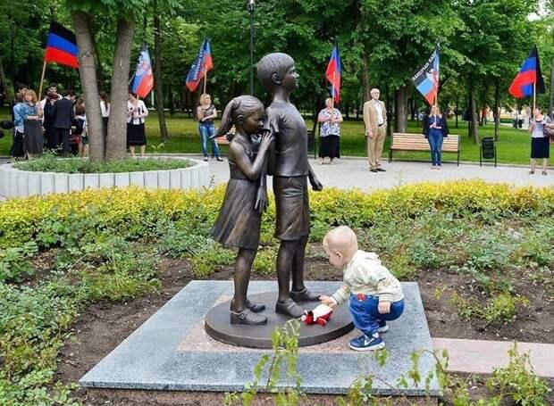 Юлия Витязева: Навальнисты горячо одобряют преступления ВСУ на Донбассе