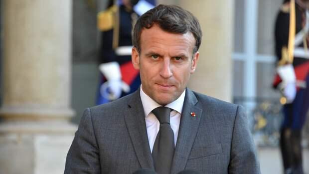 Макрона считают инициатором тяжелейшего кризиса во Франции