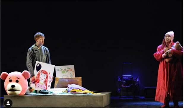 «Очем молчал Ганди»: спектакль овзрослении покажут на«Метадраме» воВладивостоке