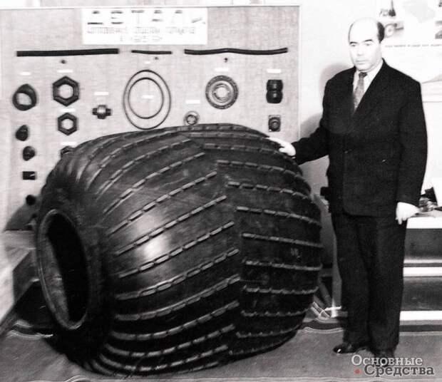 Большие колёса для армии: инструмент покорения запредельного бездорожья