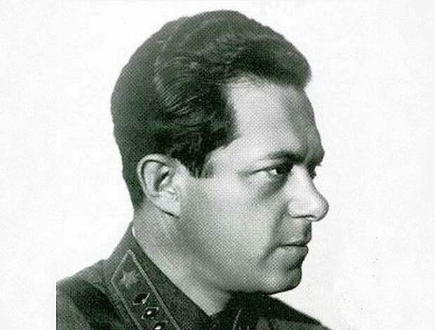 Иона Якир: за что Сталин казнил палача Красной Армии