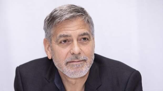 Джордж Клуни отверг предложение принца Гарри покататься на мотоцикле