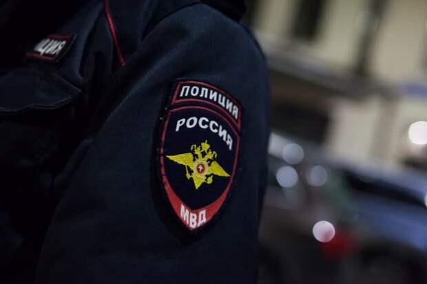 На улице Маршала Бирюзова ограбили 80-летнюю пенсионерку